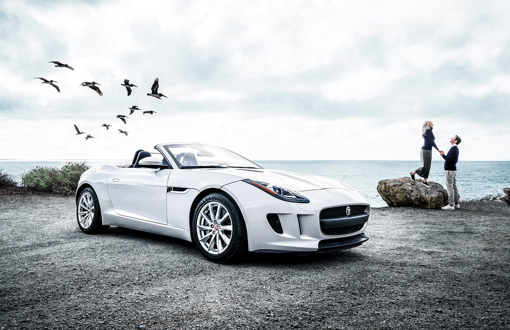 065_Jaguar_F-type_V6_17x11