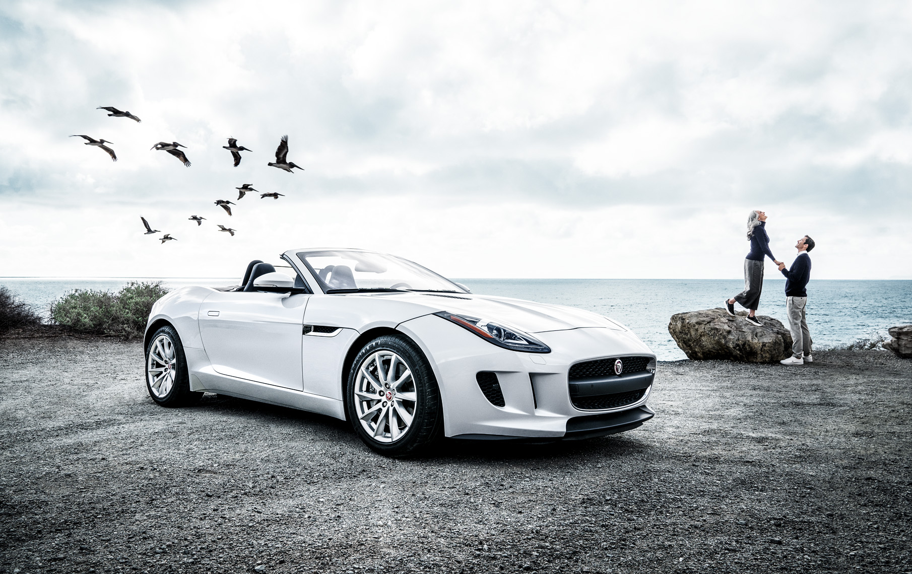 Jaguar_F-type_V4